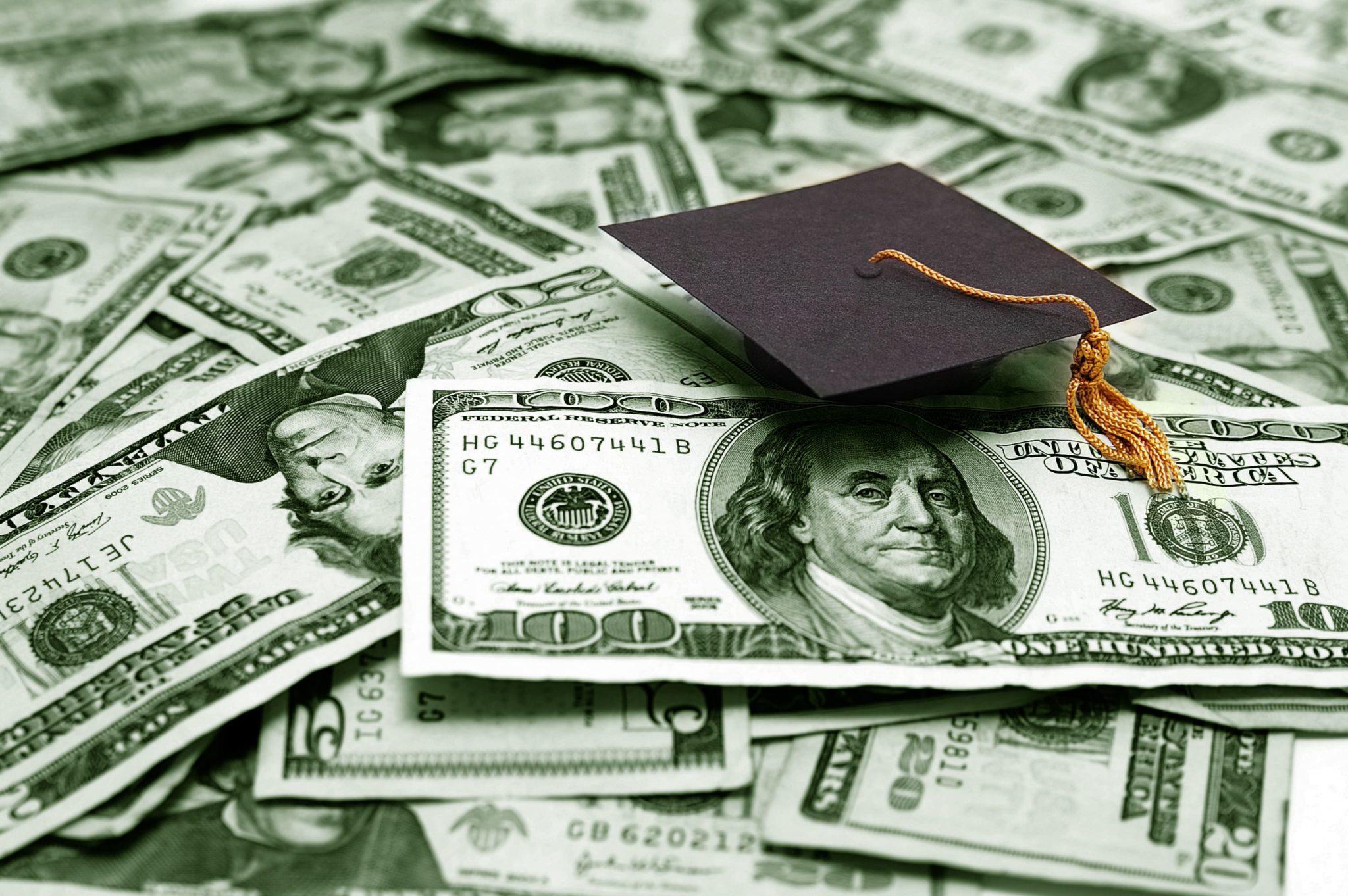 college students save money